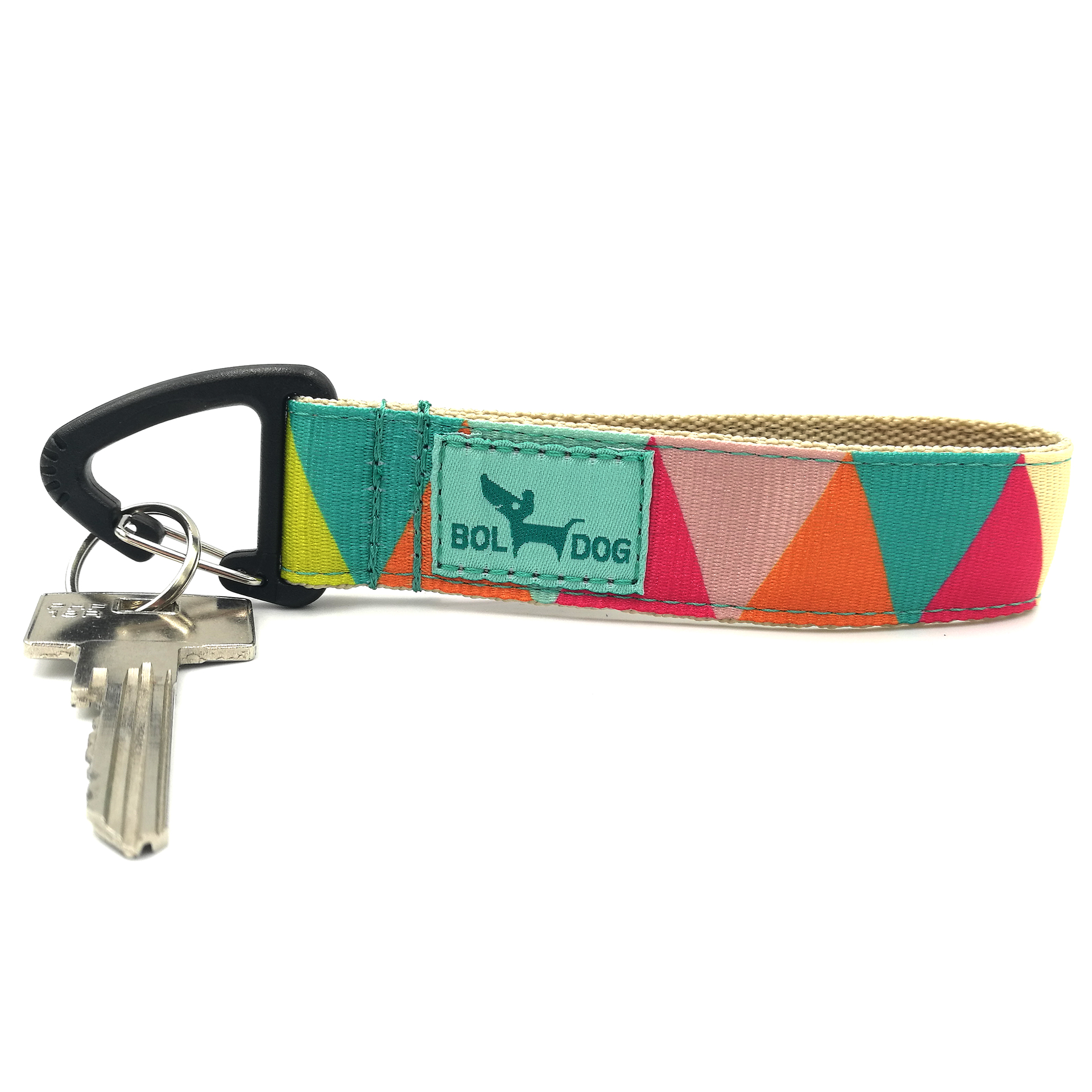 Zigzag textile key holder.