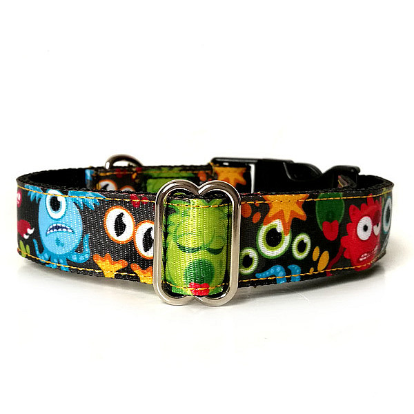 Monsters dog collar