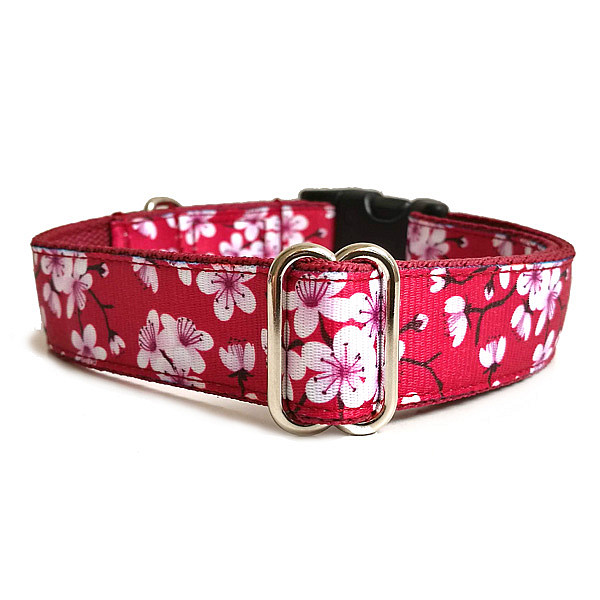 Cherry flower collar