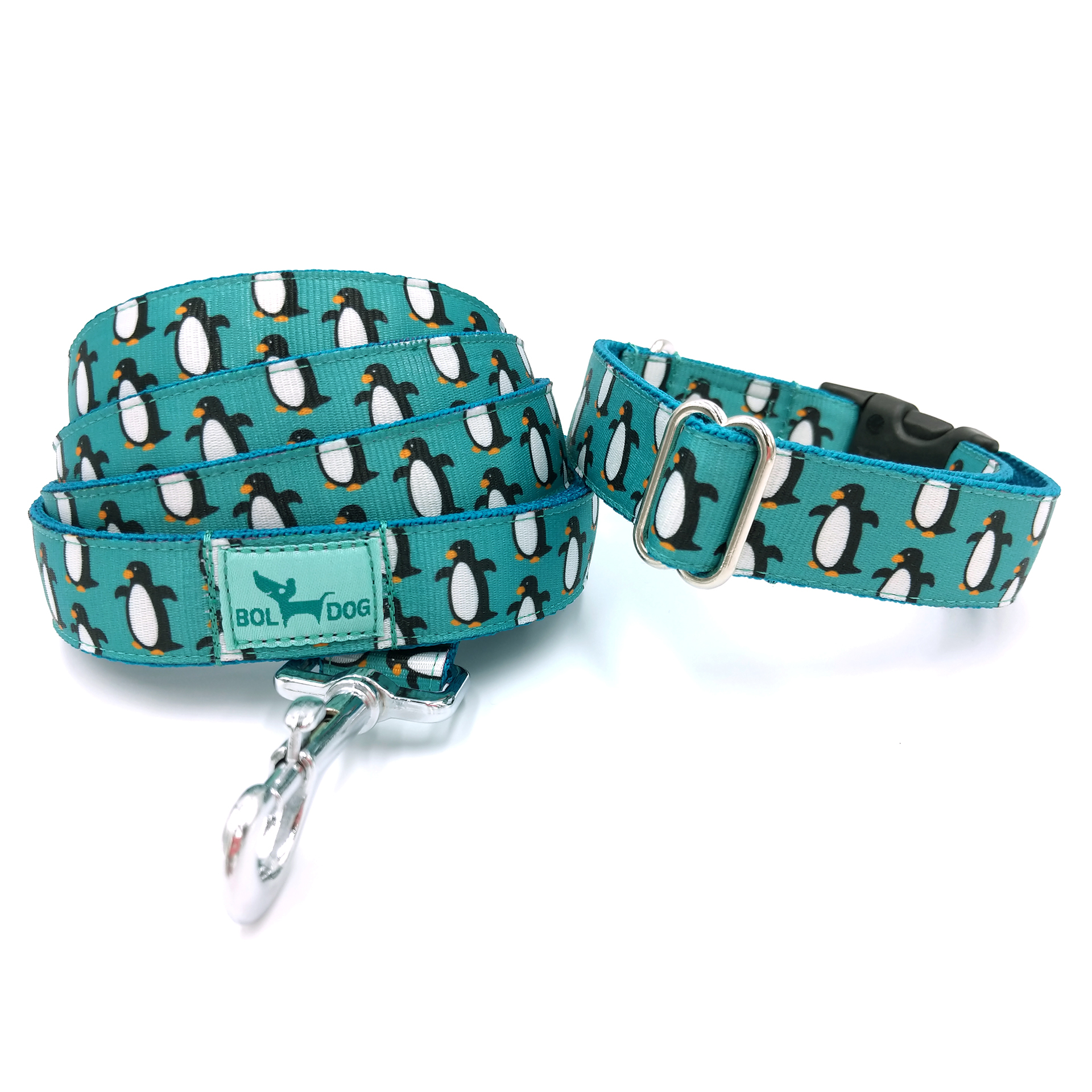 Penguin patterned dog collar and leash