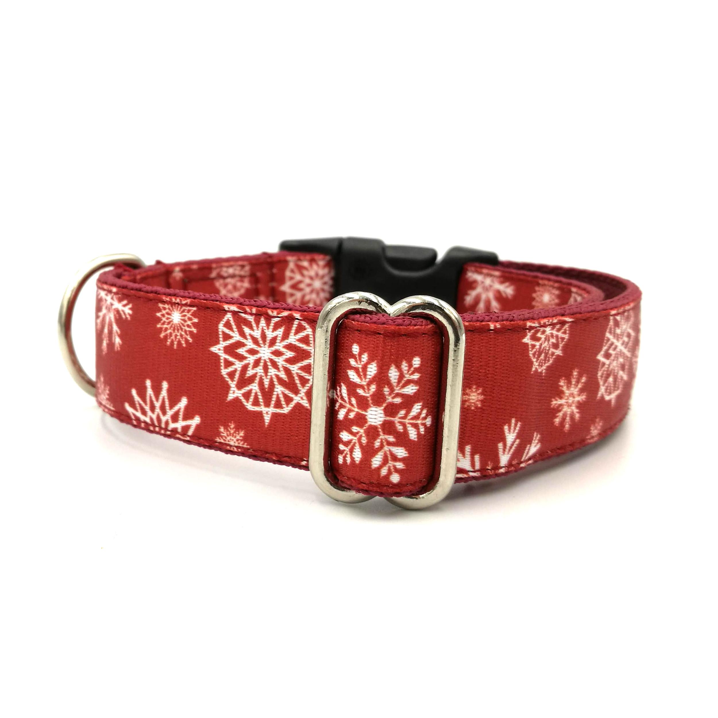 Piros fehér hópehely mintás kutya nyakörv
