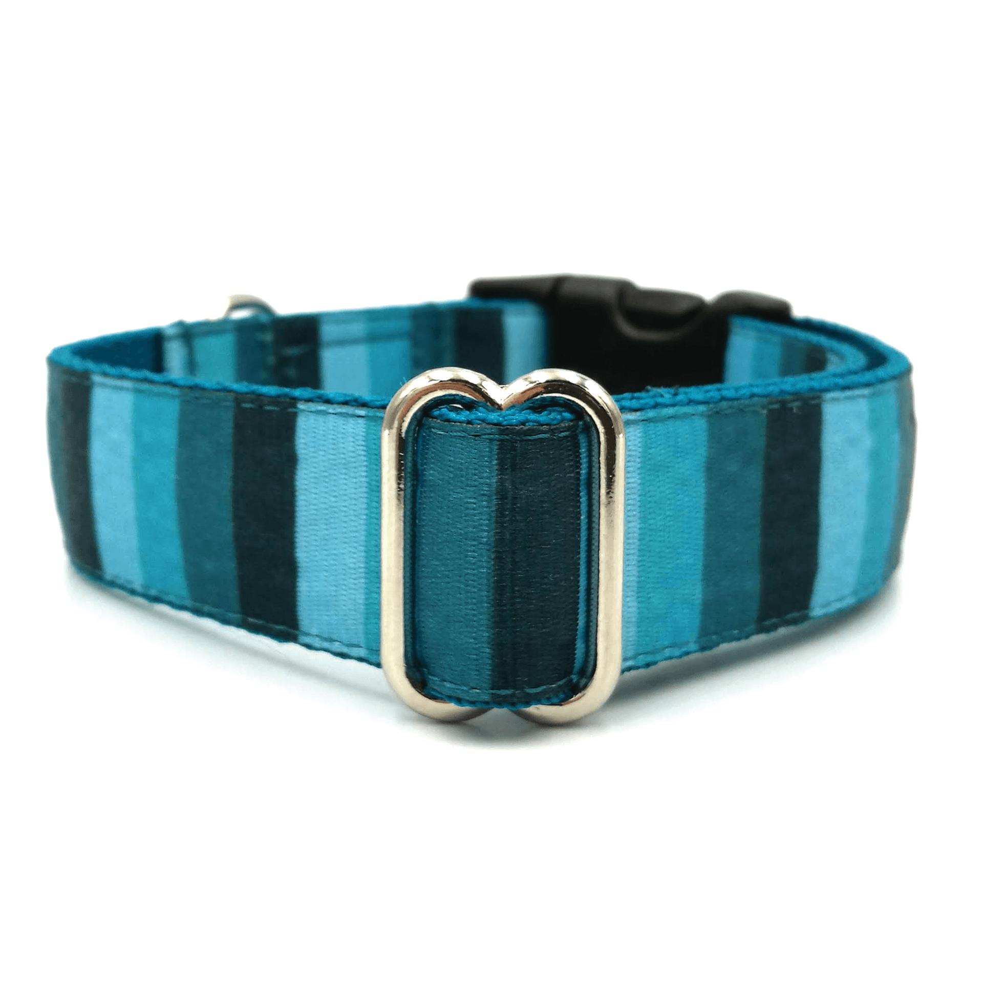 kék csíkos kutya nyakörv, csíkos nyakörv kék színben