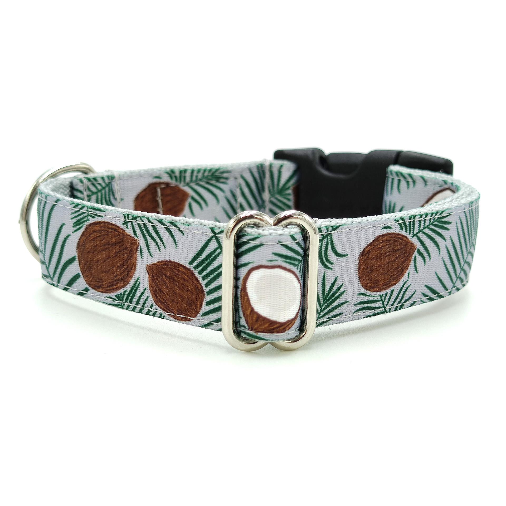 Coconut dog collar