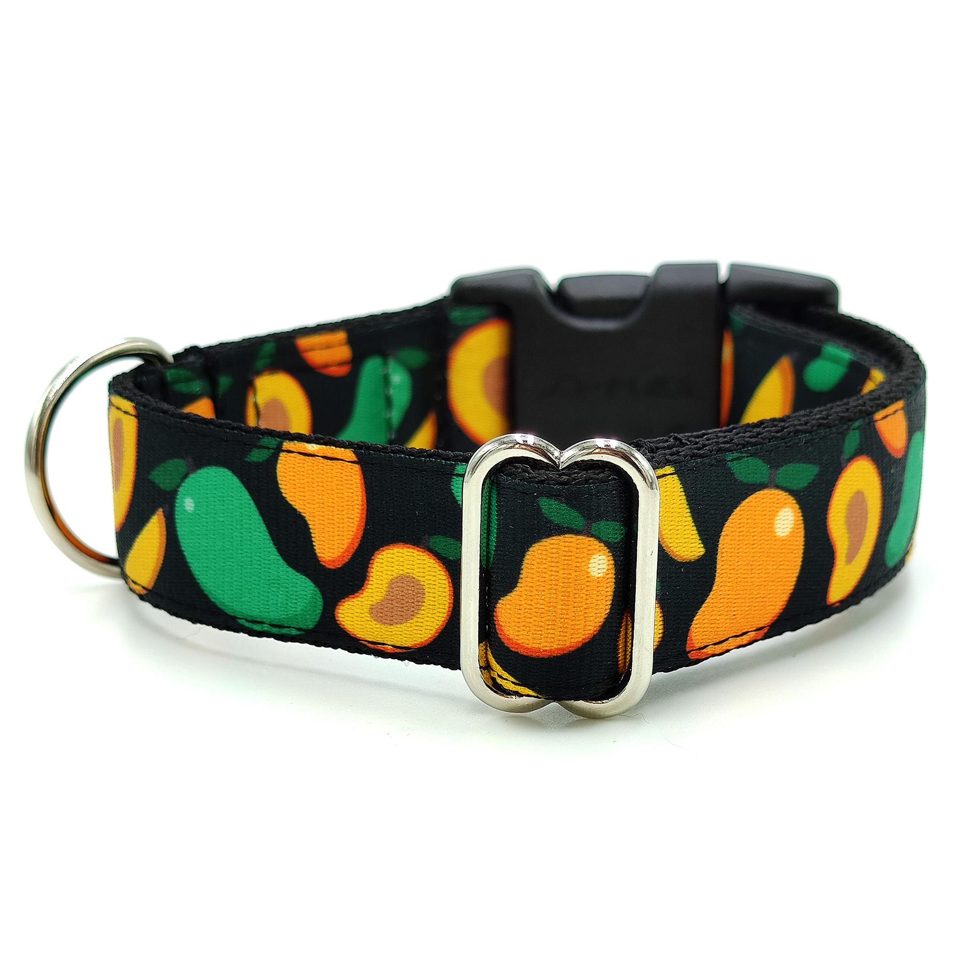 Mango dog collar