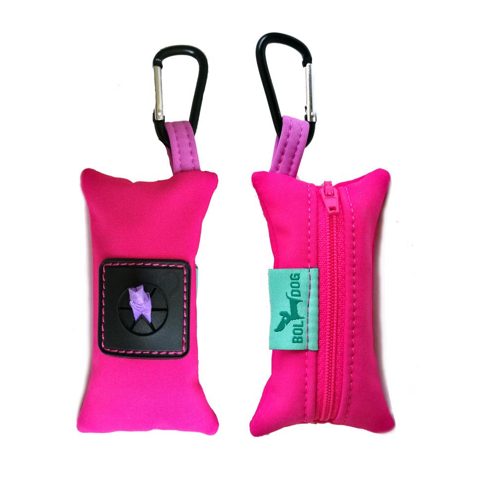 Pink színű textil kutyapiszok zacskó tartó.